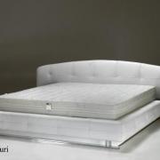 bed-yuri